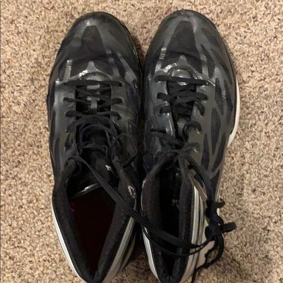 Men's Adidas basketball shoes size 10 Adizero